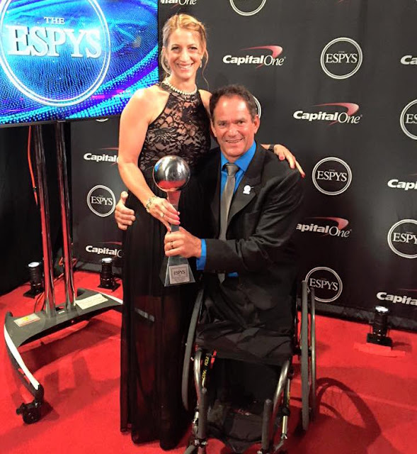 Paratriathlete Krige Schabort, with his wife, Caron, after winning the 2015 ESPY Award for Best Male Athlete with a Disability