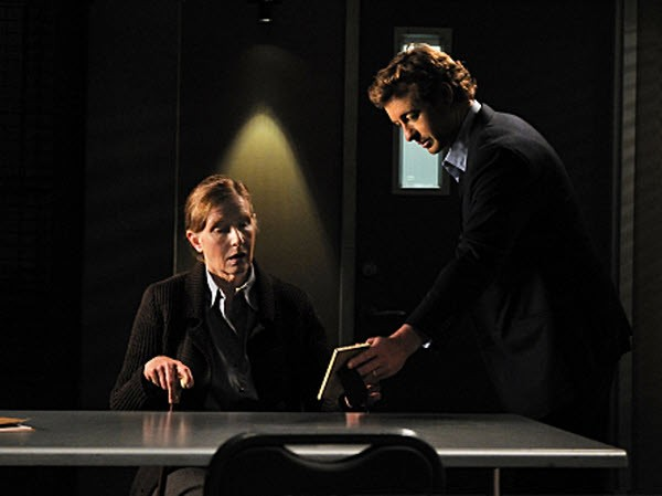 The Mentalist - Season 3 Episode 18 : The Red Mile