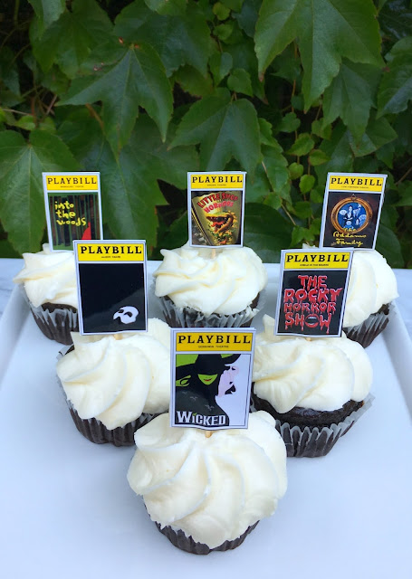 Broadway Halloween Cupcakes - Fun Broadway Playbill topped treats, perfect for a theatrical Halloween Party | www.jacolynmurphy.com