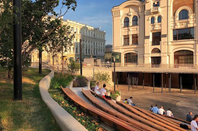 Новая площадь, амфитеатр Политехнического музея | Novaya Square, amphitheater of the Polytechnic Museum
