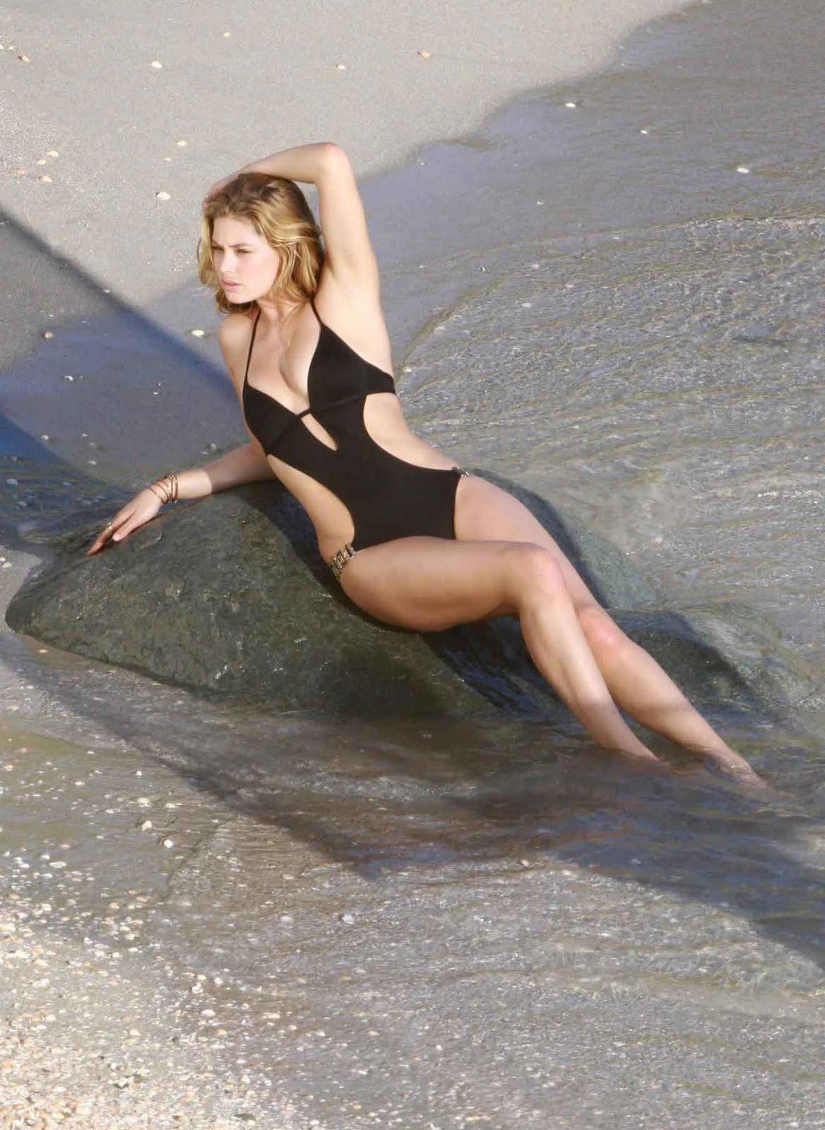 Video Topless Heather Kafka  nude (58 photos), Instagram, cleavage