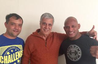 Secretário de Esportes Luiz Otávio Oliveira, prefeito Mario Tricano e Delson Pé de Chumbo