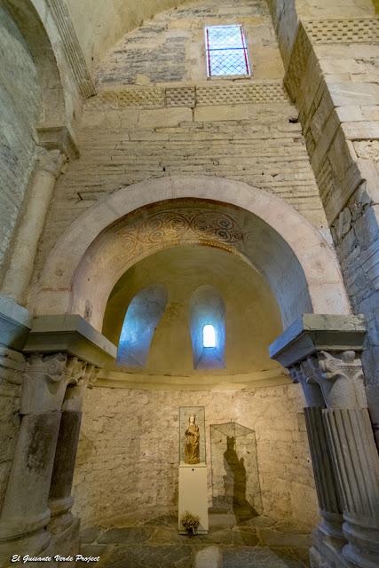 Saint Just de Valcabrere, columnas y capiteles reutilizados, por El Guisante Verde Project
