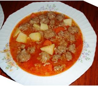 Meatballs in Tomato Sauce (Domatesli Sulu Kofte)
