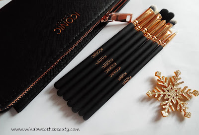 Iconic London brushes