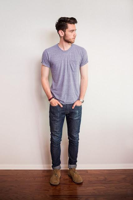 look masculino para show, como usar calça jeans, como usar camiseta azul masculina