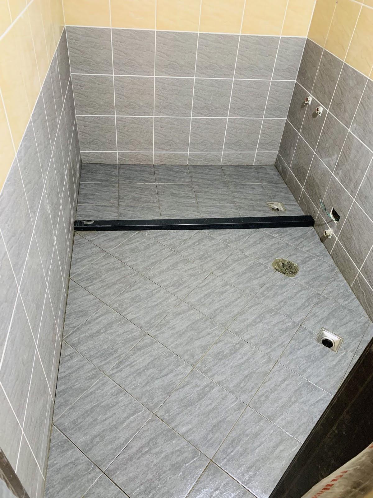 主臥浴室-磁磚完成面