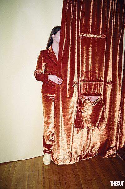 Kain Sprei Gorden Jadi Trend Pakaian, Seperti Ini Uniknya!