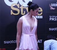 Alia Bhatt looks beautiful stunning in a Light Pink Deep neck Gown ~  Exclusive 007.jpg