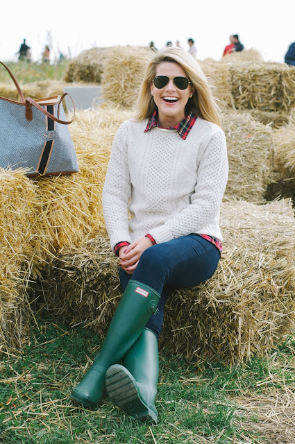 fisherman sweater and hunter boots
