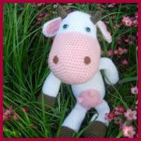 Vaca sin manchas amigurumi