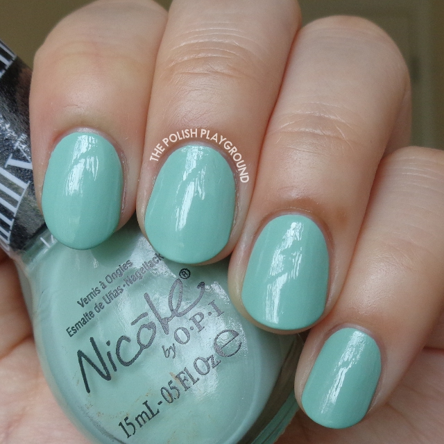 Nicole by OPI Alex By The Books