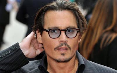 Johhny Depp in Lemtosh tartarugato