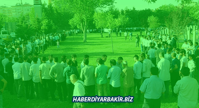 Prophet Lovers celebrate eid in Turkiye's Diyarbakır