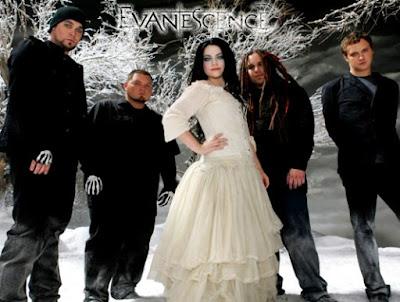 Foto de Evanescence en portada de disco