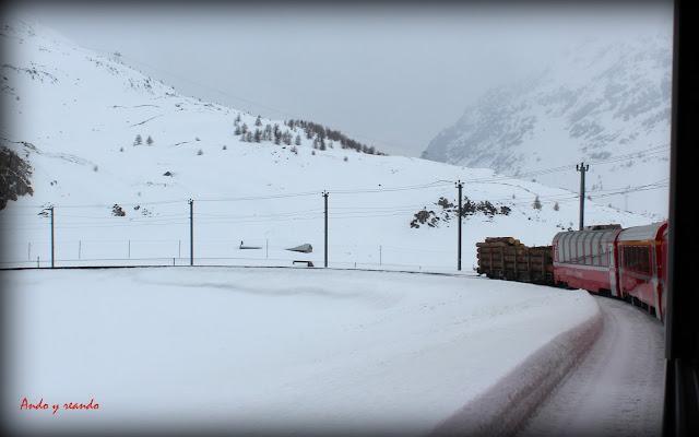 Bernina Express por los Alpes suizos