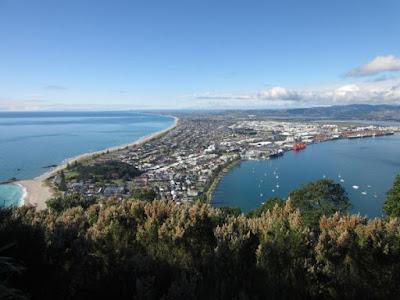 Vistas de Mount Maunganui, Papamoa Beach, el puerto de Tauranga y el océano Pacífico, Nueva Zelanda