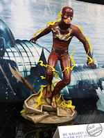 Diamond Select DC Comics Gallery PVC Statues TV Flash