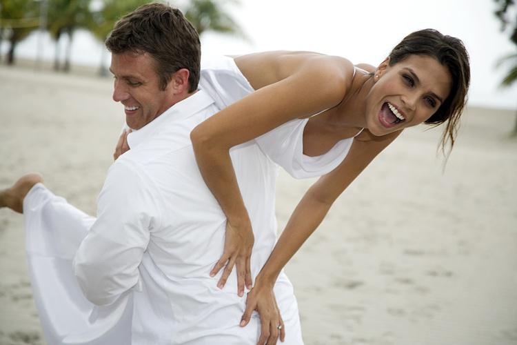 Before Their Wedding Day More And Brides Are Deciding To Spray Tan Get That Perfect Glow