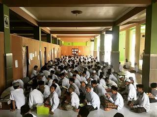 Ujian Tahfidz Asy-Syadzili 1 Putra Semester 2