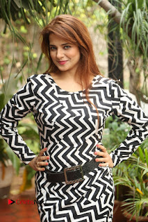 Actress Saloni Latest Pos in Short Dress  0174.JPG