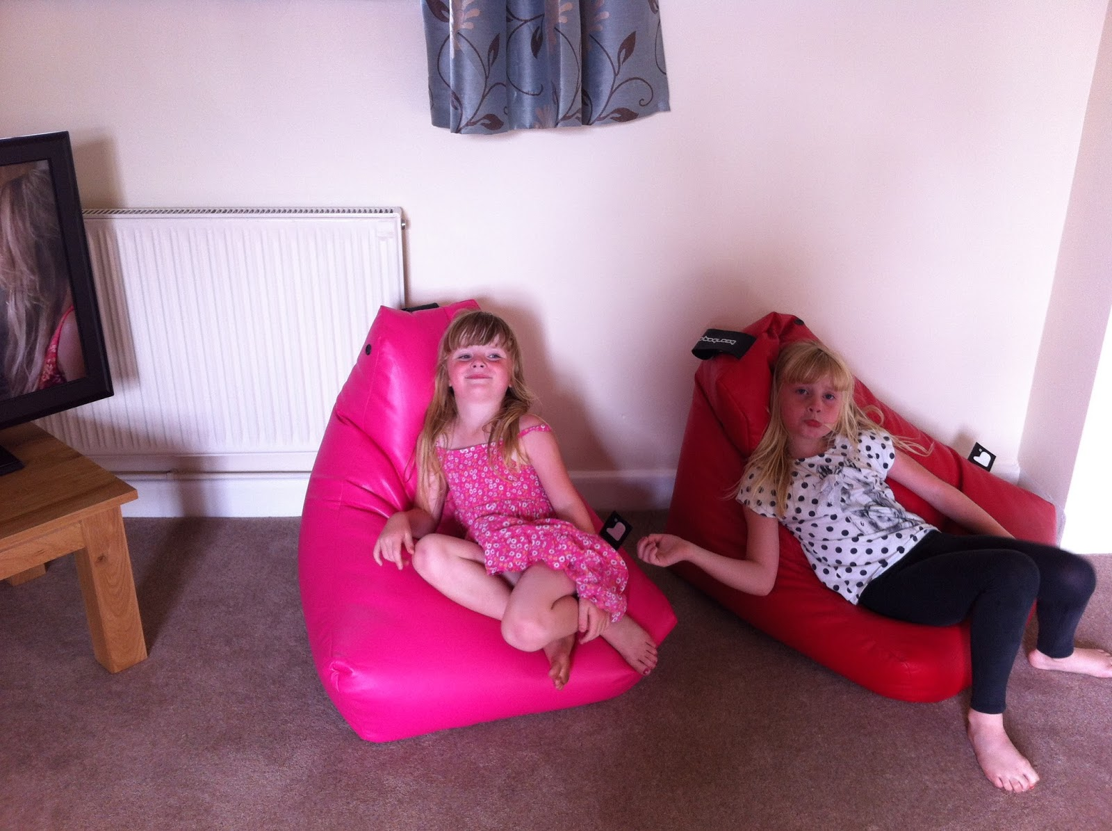 Pleasant Mummy From The Heart Giveaway Superb Mini B Beanbag Gmtry Best Dining Table And Chair Ideas Images Gmtryco