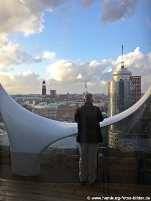 Ausblick vom 15 Stock der Elbphilharmonie Hamburg
