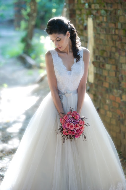 Bridal Gowns  Thepapersack-1401