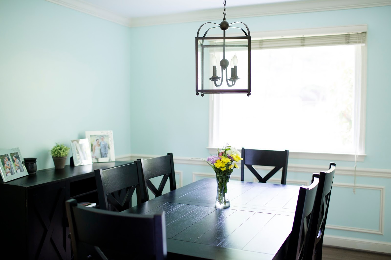 Dining room | Meet the B's