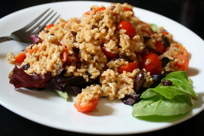 Recipe: Easy Mediterranean Brown Rice