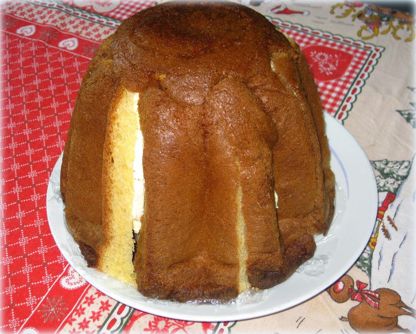 Pandoro farcito con crema al limoncello - Fragola e Cannella