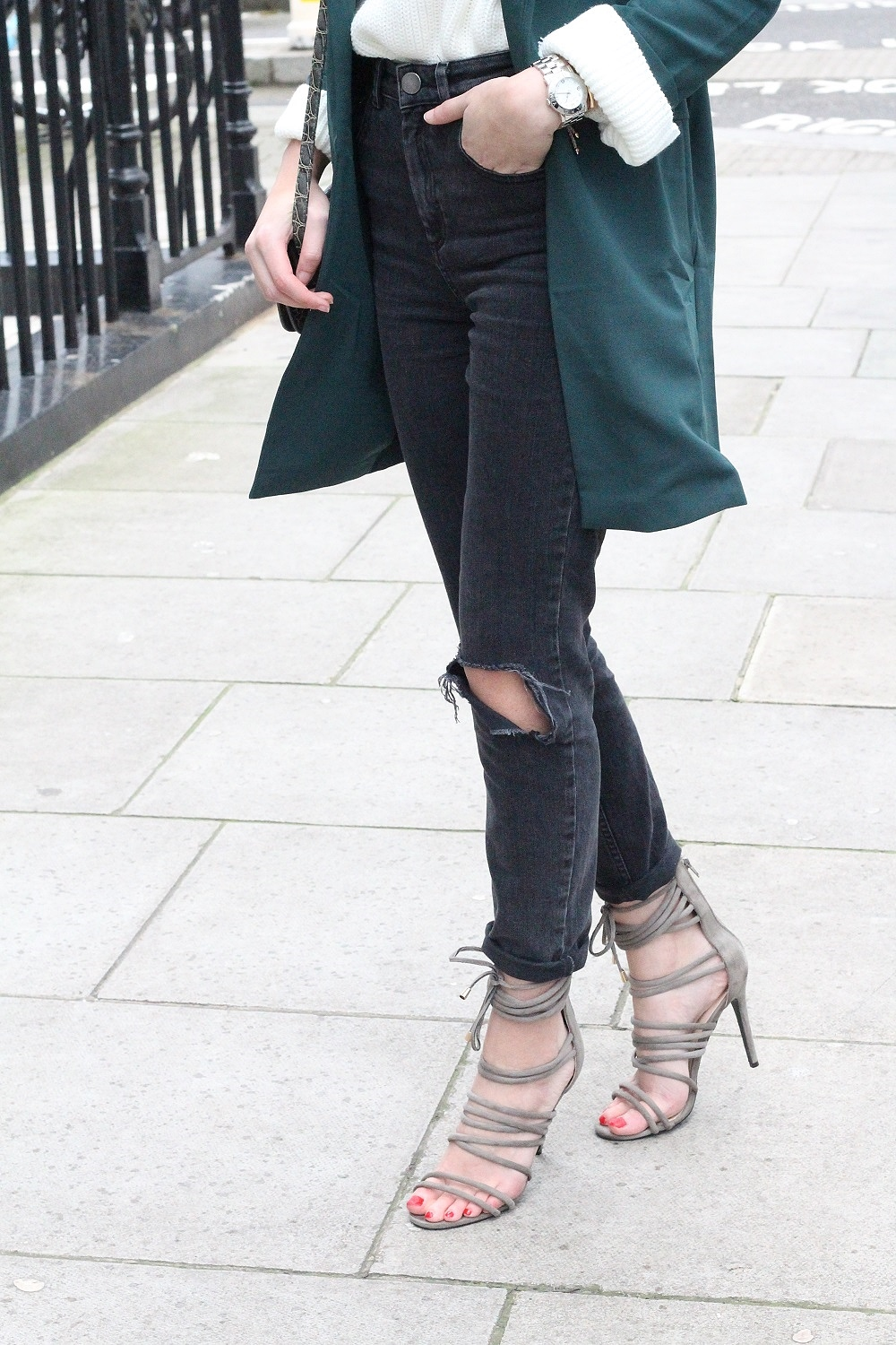 asos farleigh jeans worn with strappy heels