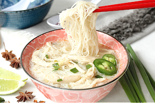 Slow Cooker Chicken Rice Vermicelli Soup