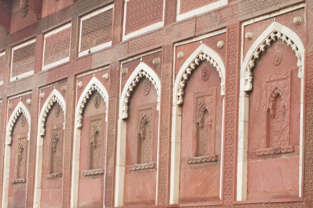 Carvings on the walls of the Red Fort, Agra
