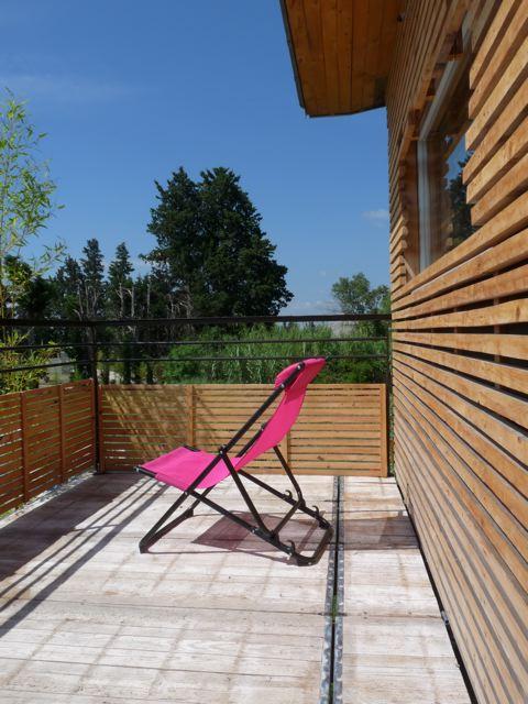 moi aussi j 39 ai une maison marie claire une cabane en provence. Black Bedroom Furniture Sets. Home Design Ideas