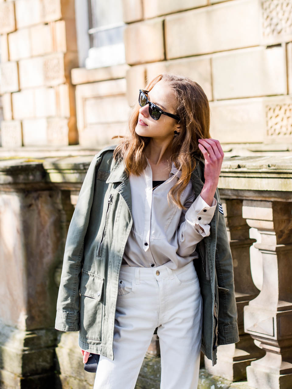 fashion-blogger-spring-outfit-cargo-jacket-white-denim