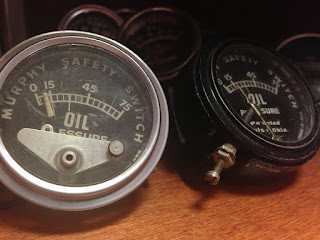 Tolok Amaran Tekanan Minyak Enjin FW Murphy