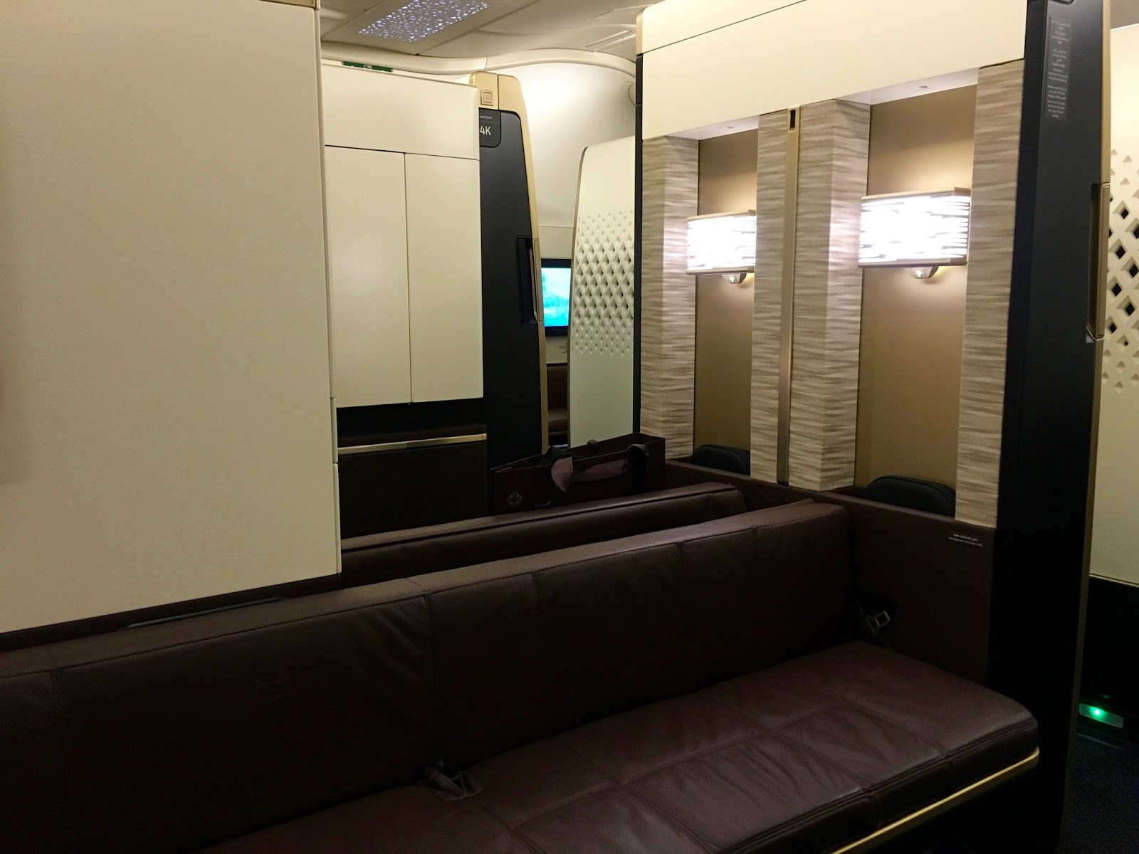 Pic etihad airways a380 first class apartment 4k may 2015 - View From 3k