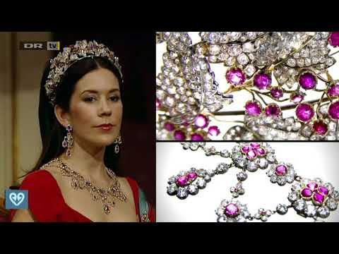 Crown Princess Mary of Denmark, wife of guest of honour Crown Prince Frederik, was stunning in the Diamond, Ruby and Spinel Necklace tiara