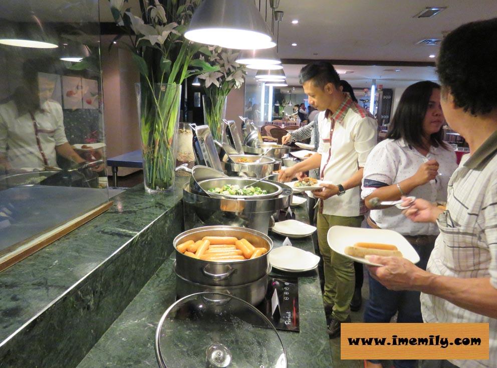 Saffron Brasserie, Ancasa Hotel
