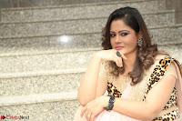 Shilpa Chakravarthy in Lovely Designer Pink Saree with Cat Print Pallu 040.JPG