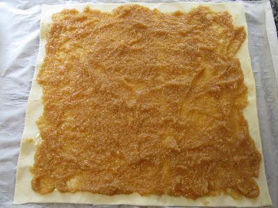 Roscas de hojaldre y avellanas Thermomix