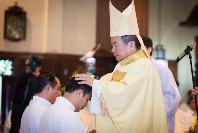 Lễ truyền chức Phó tế và Linh mục tại Giáo phận Lạng Sơn Cao Bằng 27.12.2017 - Ảnh minh hoạ 144