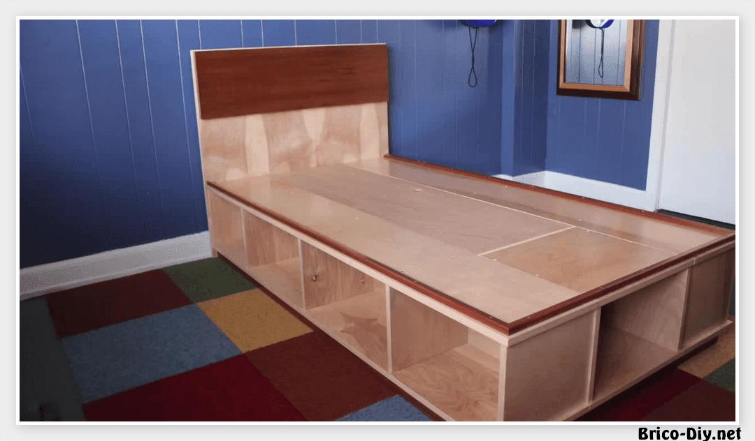 V deo como hacer una cama f cil de hacer web del for Como hacer una base para cama individual
