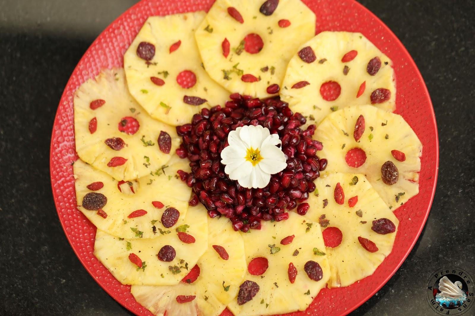 Carpaccio d'ananas aux super-aliments