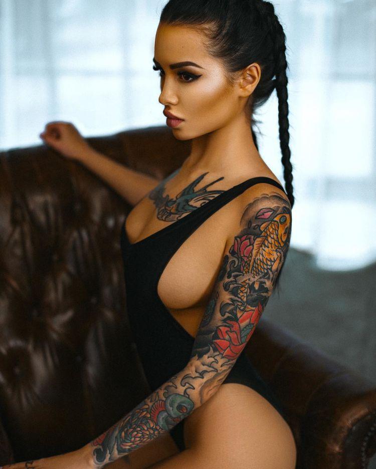 Tattoo model Nadya Prikhodko