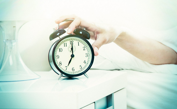 These Tips Will Help You Stop Hitting Snooze and Give You More Energy for Your Day!