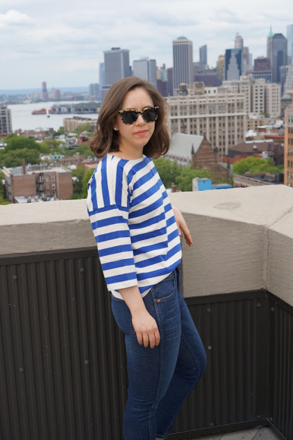 Classic striped t-shirt with skinny jeans