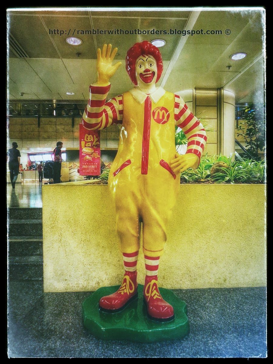 Ronald Mcdonald clown, Singapore Changi Airport