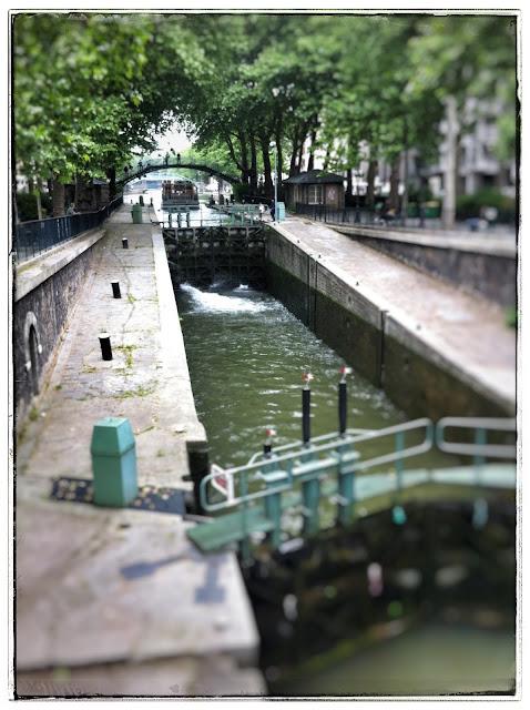 Canal Saint Martin Quai de Valmy Paris